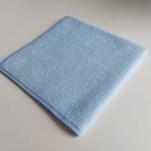 Blå microfiberklud på 40 x 40 cm