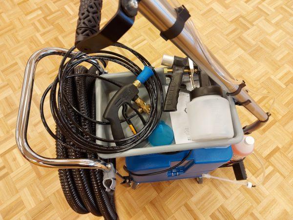 Brugt Eveline sanitet rengøring m. udstyr